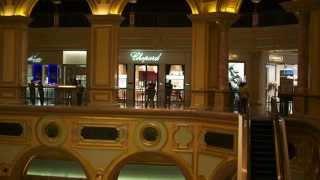 preview picture of video 'Макао Отель Венецианец The Venetian Macao Resort Hotel 澳門威尼斯人 度假村 酒店'