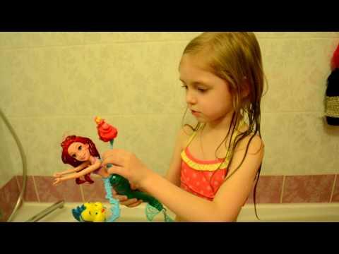 Кристаллы с треском. Арина с Ариэль купается в ванне.