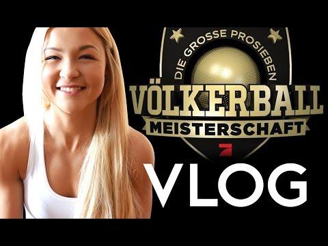 VÖLKERBALL VLOG | Kelly MissesVlog | KrappiWhatelse | KsFreakWhatelse | ConCrafter | Sophia Thiel