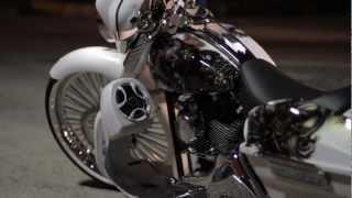 WICKED 26 Harley Street Glide Custom Bagger 900Wt Stereo July 2012 Baggertech, BOTM Custom Baggers