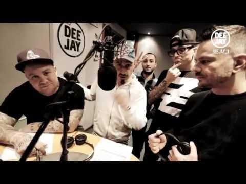 Club Dogo ai microfoni di Radio Deejay