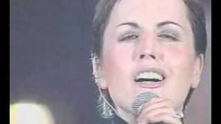 The Cranberries&Westlife, Live @ Vatican 2001