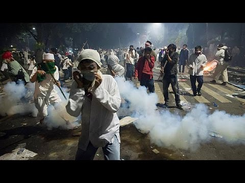 Ινδονησία: Διαδηλώσεις για την παραίτηση του κυβερνήτη της Τζακάρτα – world