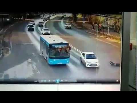 Рванул на красный и был сбит пешеход в Сыктывкаре