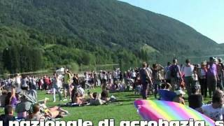 preview picture of video 'Alpago : OLTRE 5000 PERSONE PER LA 2^ FESTA DELL'ARIA'