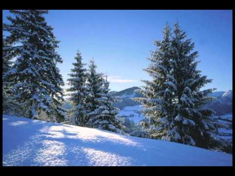 Наслаждайтесь прослушиванием най обичам - зимно време или скачайте этот трек на компьютер или телефон.