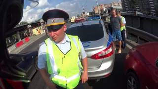 Случай на светофоре... Мотоциклист против автомоби