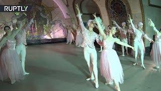 Кремлёвского балета выступили на станции «Новослободская» Московского метрополитена
