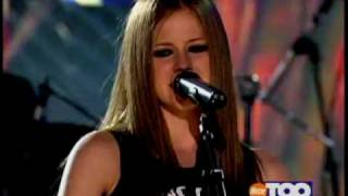 Avril Lavigne - Complicated live on Teen Nick
