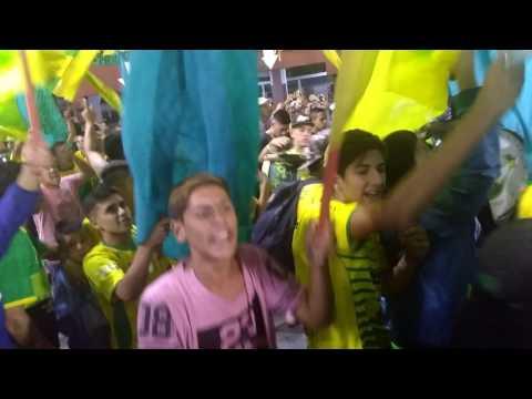 """""""DONDE JUGUES VAMOS A ESTAR(2)🎵 LA BANDA DE VARELA/ DYJ 0 SAO PABLO 0/ COPA SUDAMERICANA"""" Barra: La Banda de Varela • Club: Defensa y Justicia"""