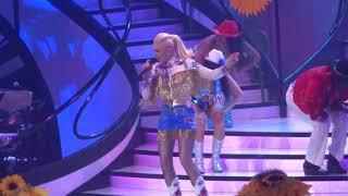 """Gwen Stefani - """"Make Me Like You"""" (Live in Las Vegas 3-8-19)"""