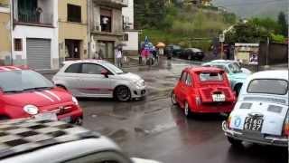 preview picture of video 'Raduno classic Fiat 500 a Borgo a Mozzano (Lucca) - 29.04.2012'