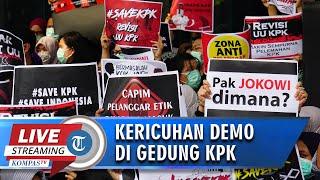VIDEO Kericuhan saat Demo, Pendemo Berhasil Masuk ke Gedung untuk Copot Kain Penutupi Logo KPK