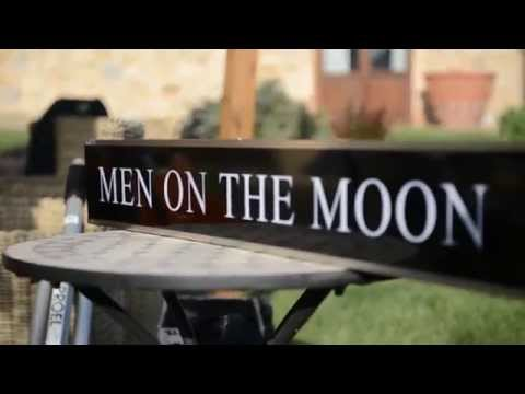 Men on the moon Folk energico Padova musiqua.it