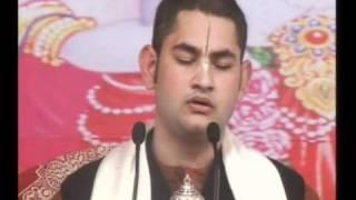 H.H SRI PUNDRIK GOSWAMI JI MAHARAJ Rurki Katha Day 4 Part-1.mpg