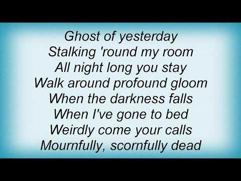 Billie Holiday - Ghost Of Yesterday Lyrics