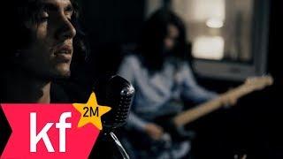 Mavi Gri - Odamda Hayalin Saklı (Official Video)
