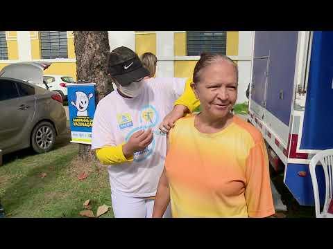 Após suspensão, vacinação contra a gripe é retomada no Recife