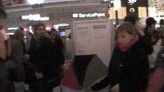 preview picture of video 'Freezemob - Flashmob Karlsruhe 03.12.2008 HQ'