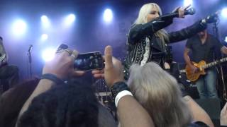 Burning the witches band with Doro