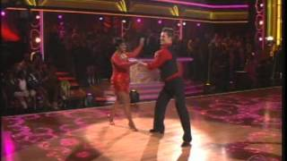Gladys Knight & Tristan MacManus on Dancing With The Stars (2012)