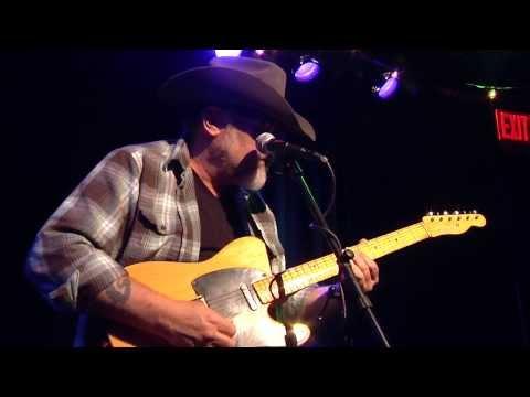 John McVey - Mean Ol World - John talks about the Blues