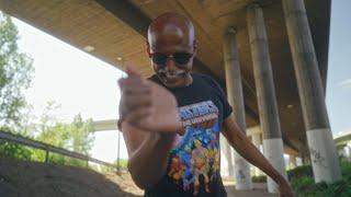 Musik-Video-Miniaturansicht zu Deutschland isch stabil Songtext von Teddy Teclebrhan