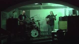 Video Don Tichot: Za nosem (live)