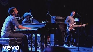 John Legend, The Roots - I Can't Write Left Handed (Live from Brooklyn Bowl)