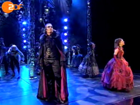 """TOTALE FINSTERNIS -  the main song from the musical """"Tanz der Vampire"""" (Total Eclipse of the heart)"""