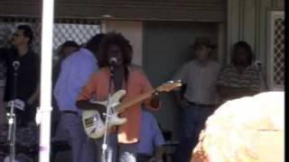 Peter Walarri singing gospel song, Ramingining, Arnhem Land