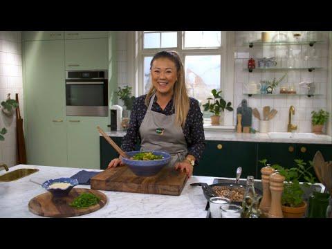 Kökets middag: Sesampanerad lax med ponzumajonnäs och krispig sallad - Köket