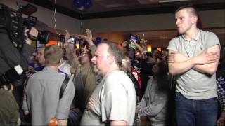 Leicester Fans Watch Spurs Draw At Chelsea To Win The Premier League
