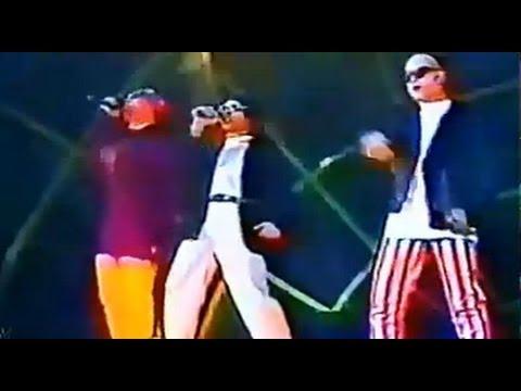 http://www.youtube.com/watch?v=QKmgL-gp5z8