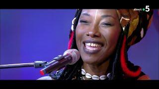 Le live : Fatoumata Diawara « Fenfo» - C à Vous - 11/09/2020