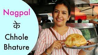 Nagpal के Chole Bhature Lajpat Nagar | Delhi Famous Street Food | #NishaTries #CookWithNisha