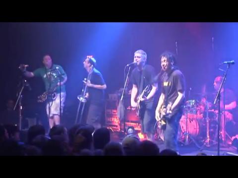 Less than Jake - Pezcore (Live DVD)