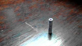 Tự chế tên lửa mini từ 8 que diêm