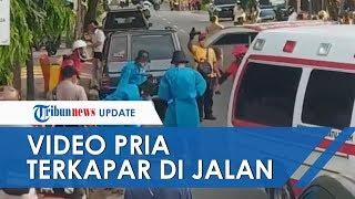 Seorang Pria Terkapar di Padang, Warga Tak Berani Tolong tapi Tonton Evakuasi Petugas yang Pakai APD