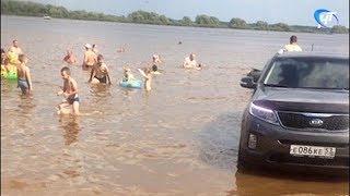 Экс-чиновник заехал на своем авто прямо в озеро Ильмень