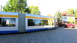 preview picture of video 'Markkleeberg-Ost [DE], Linie 11 (Flexity Classic XXL - NGT12-LEI Nr. 1226)'