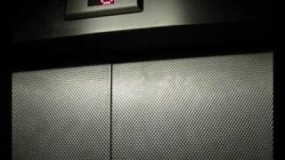 preview picture of video 'Tour of the lifts at Luton shopping center'