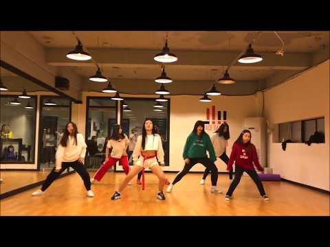 Santa tell Me-Ariana Grande   Somi Choreography   Peace Dance