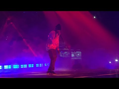"Travis Scott ""R.I.P SCREW"" & ""HOUSTONFORNICATION"" Live @ Astroworld Tour"