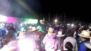LOS CASIQUES EN RANCHERIA DE GUADALUPE ME CONOSISTE BORRACHO DETALLE DE NOVIO(saludos a laura mtz)