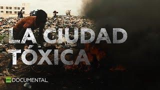 La ciudad tóxica: el lugar más contaminado por metales tóxicos de África l Documentales de RT