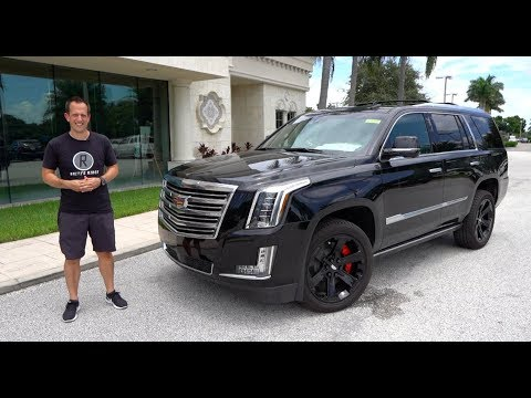 External Review Video QM6AcZJOWPg for Cadillac Escalade Full-Size SUV (4th Gen)