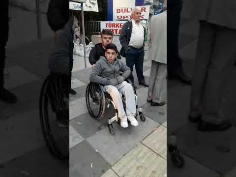 HEYAD engelli sporcuları   Anıtkabir'e götürdü