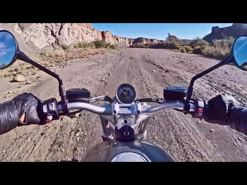 2016 BMW R nineT Scrambler - Off Road Driving