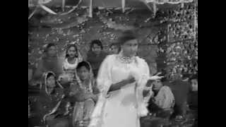 Yakke Wali - Pehli Pehli War Menu Devar Lain Aaya - YouTube